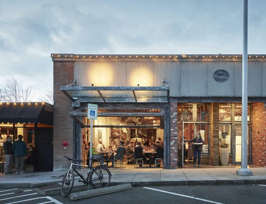 Bruciato, a Contemporary Pizzeria Occupies a Former Hardware Store