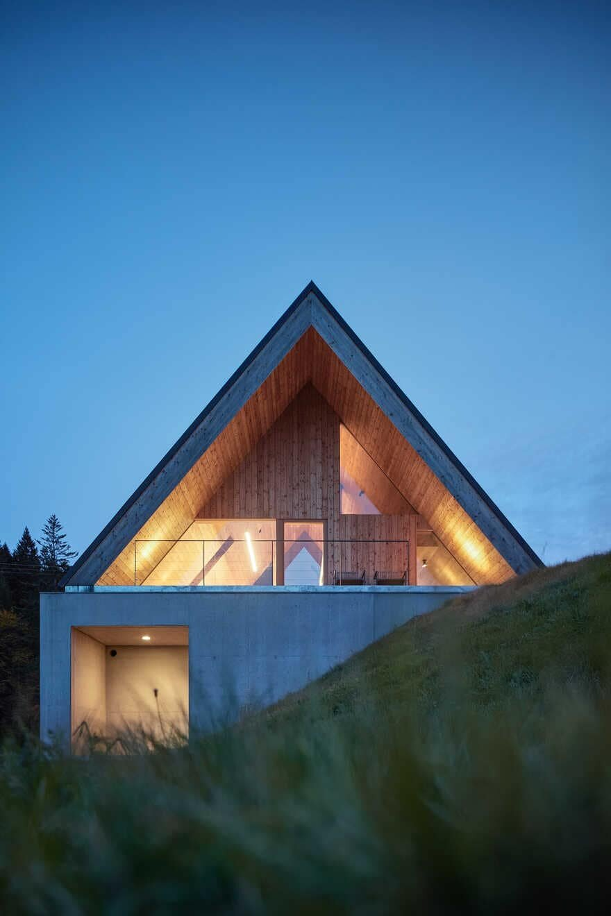 A Non-Traditionally Cottage in Idyllic Mountain Landscape
