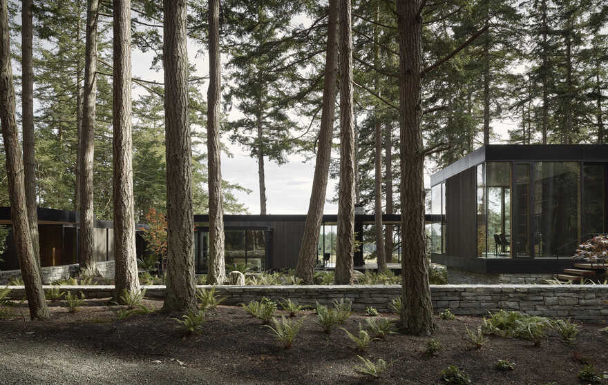 Whidbey Farm Designed as Both Vacation House and Part-Time Residence