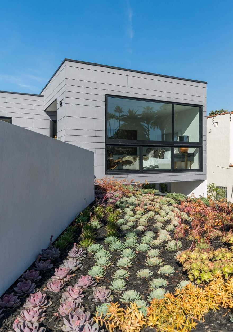 green roof / AUX Architecture