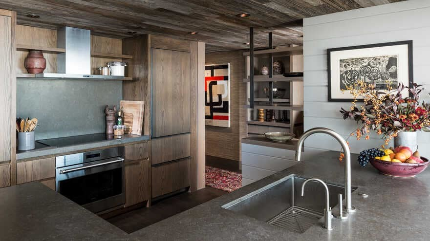Continental Place Apartment in Seattle Captures the Essence of the Pacific Northwest