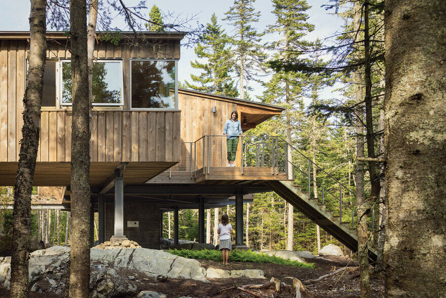 Englishman Bay Retreat / Whitten Architects