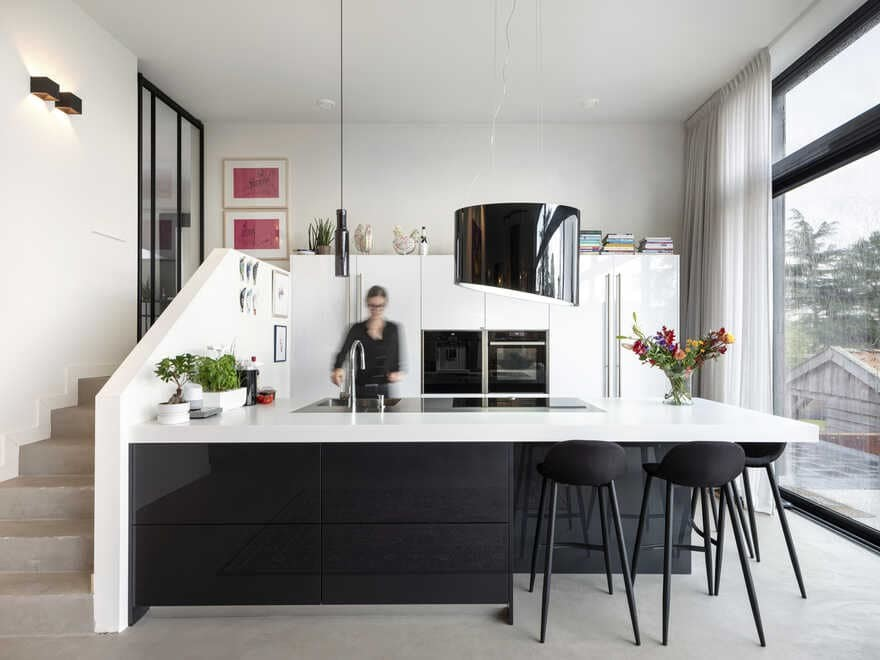 kitchen / Arjen Reas Architecten