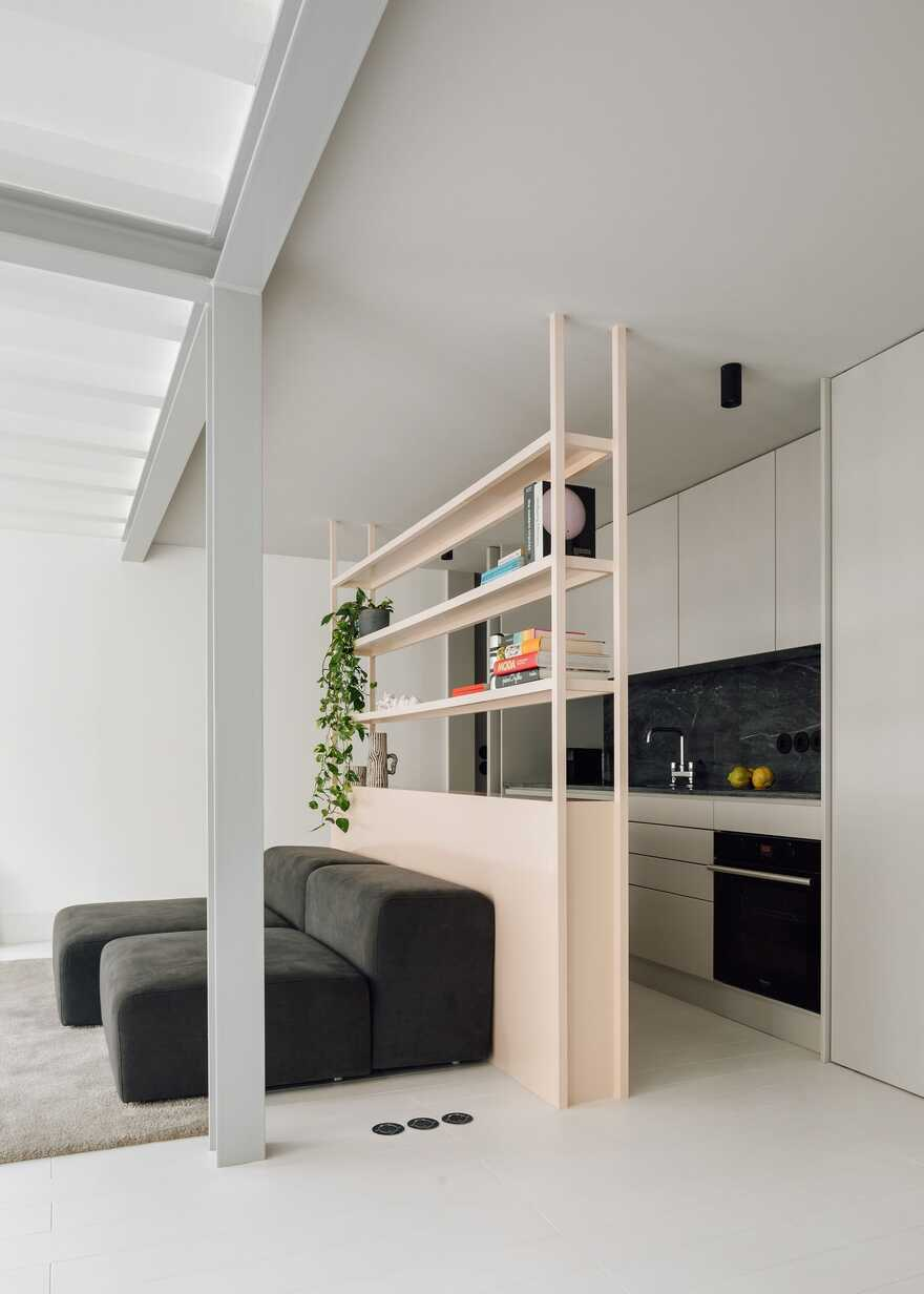 Lisbon Duplex Apartment with a Small Terrace on the Roof