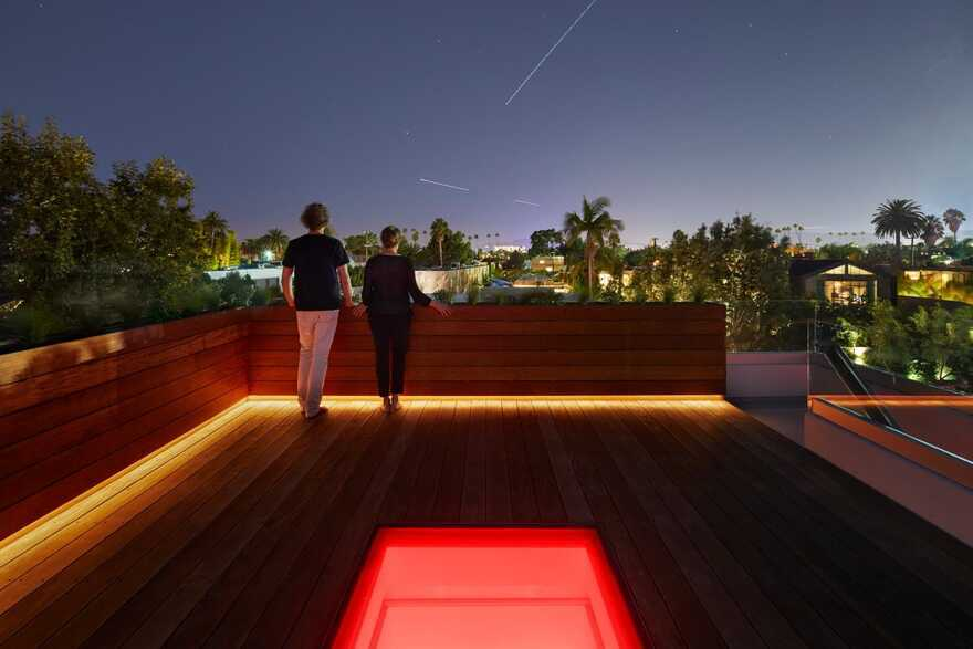 roof terrace / EYRC Architects