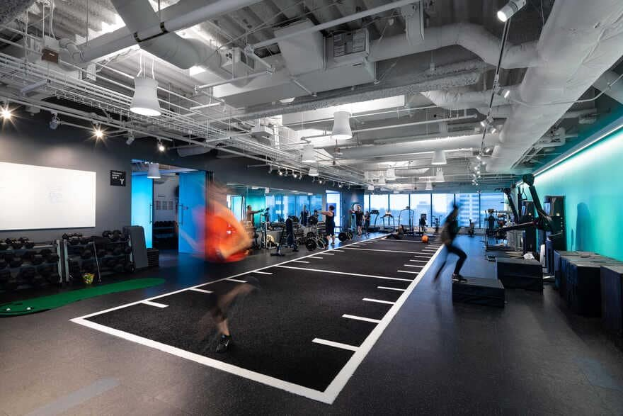 gym / Clive Wilkinson Architects + JPC Architects