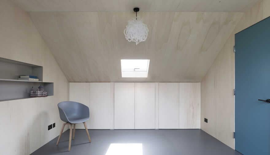 Ply-Lined Play Room; a London Loft Extension
