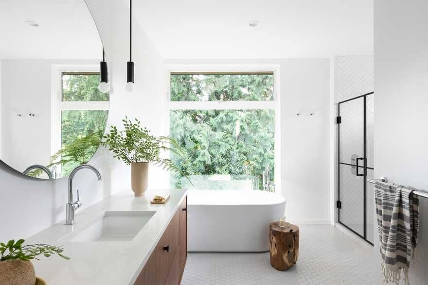 bathroom, Black Box House inspired by the surrounding coastal rainforest and mid-century design