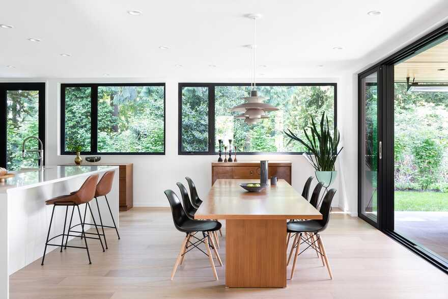 dining room, Black Box House inspired by the surrounding coastal rainforest and mid-century design