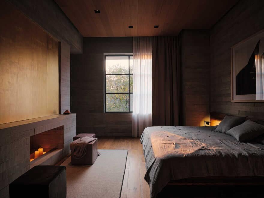 bedroom by Studio Rick Joy