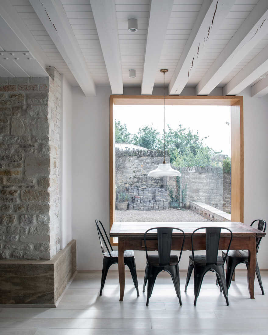 dining room / Will Gamble Architects