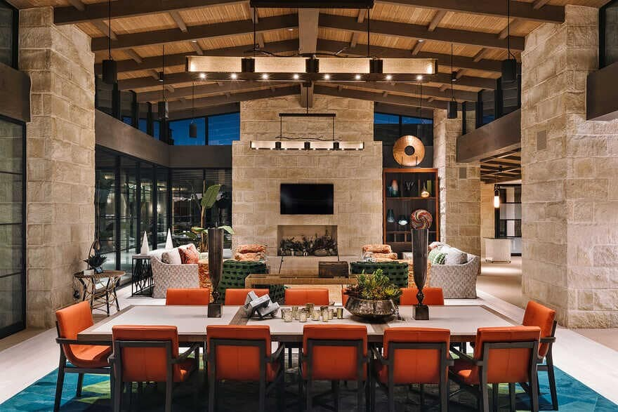 dining room + living room / J Christopher Architecture