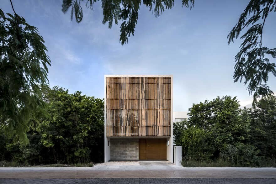 Ciruelo House, Cancun / Warm Architects