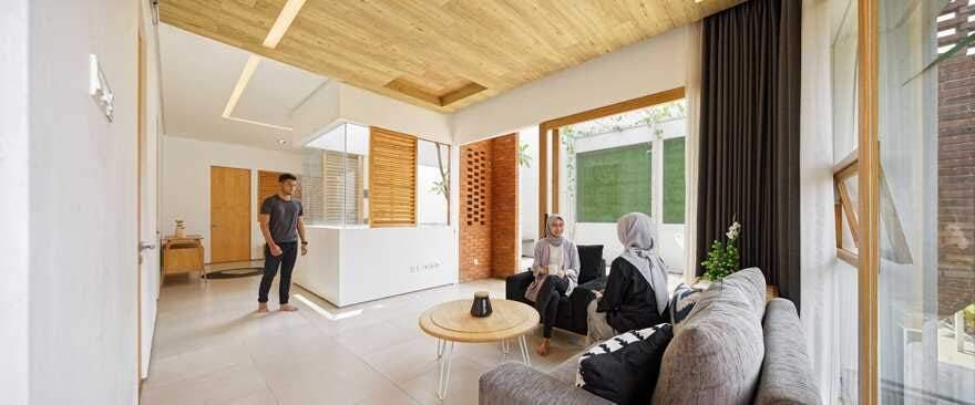 Flick House, Cinere, Indonesia Delution Design Revolution