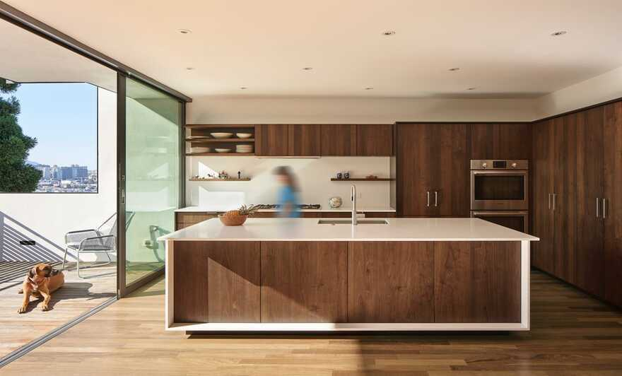 kitchen / Terry & Terry Architecture