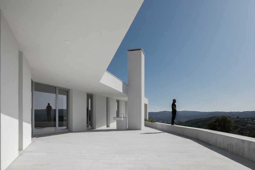 terrace / António Ildefonso Arquitecto
