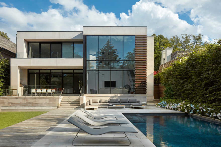 A Contemporary Oasis in a Traditional Toronto Community