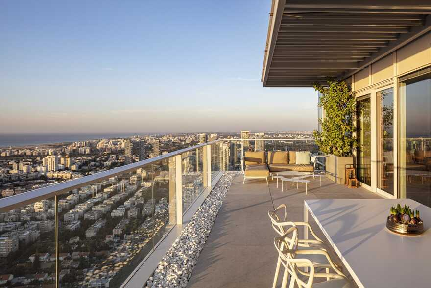 terrace, Tel Aviv / Raz Melamed Architect