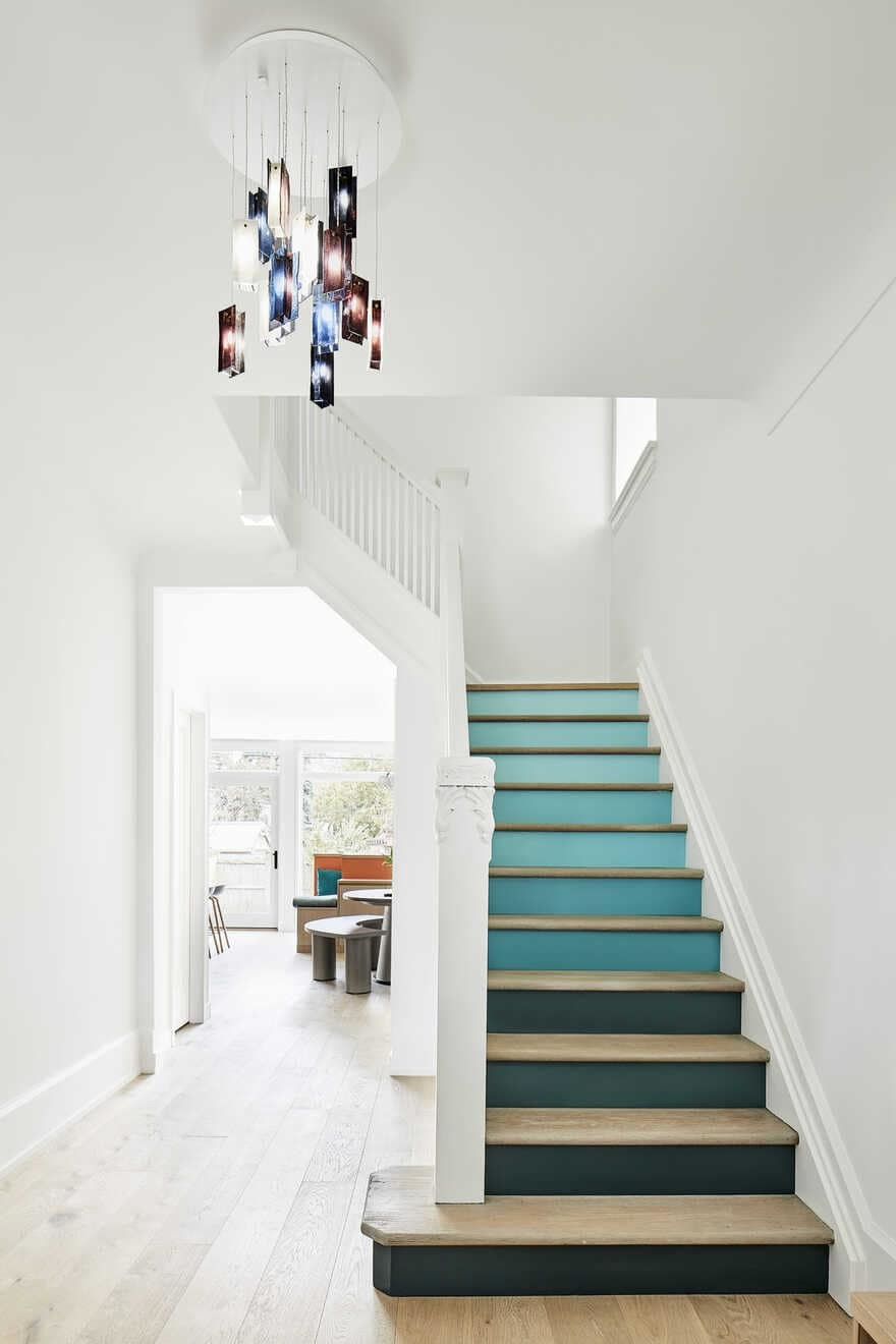 staircase / Julie Reinhart Design and Asquith Architecture