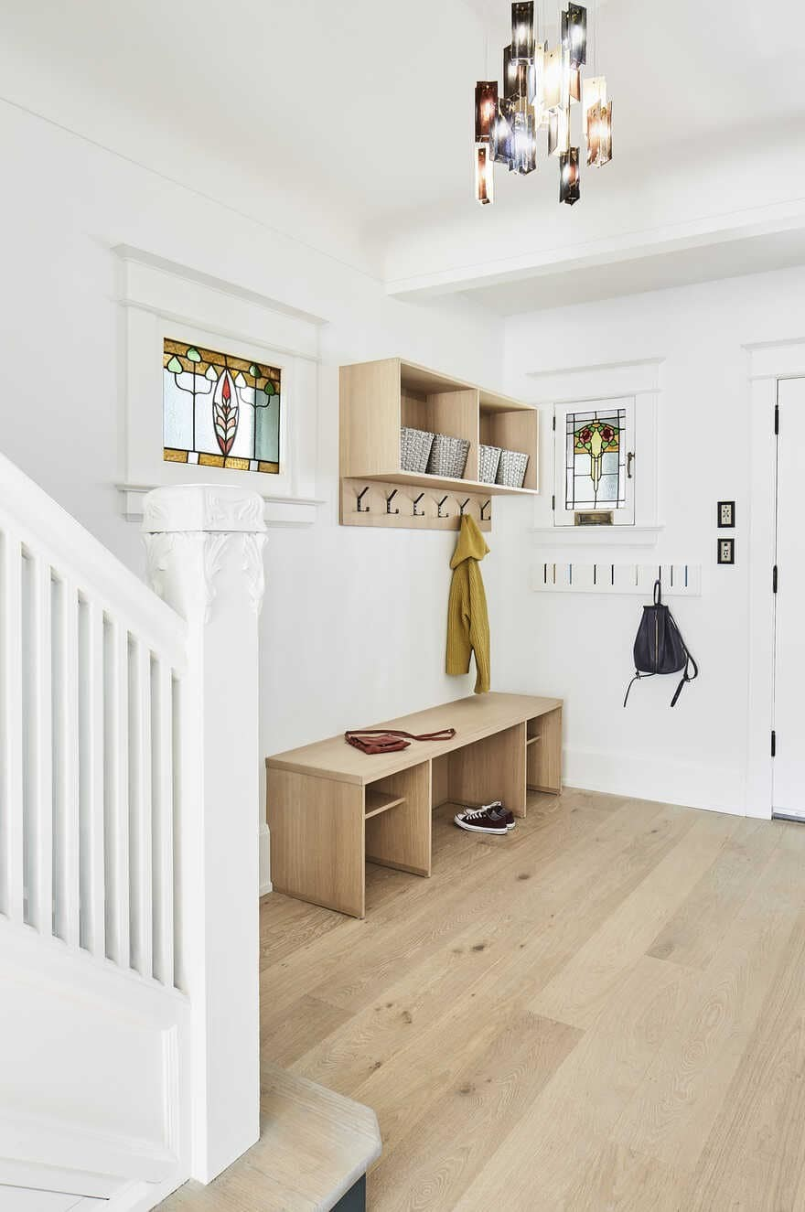 entrance hall / Julie Reinhart Design and Asquith Architecture