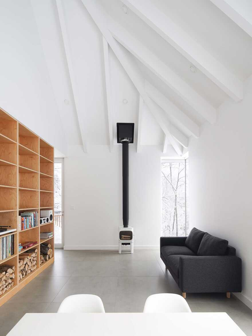 living room / Naturehumaine Architects
