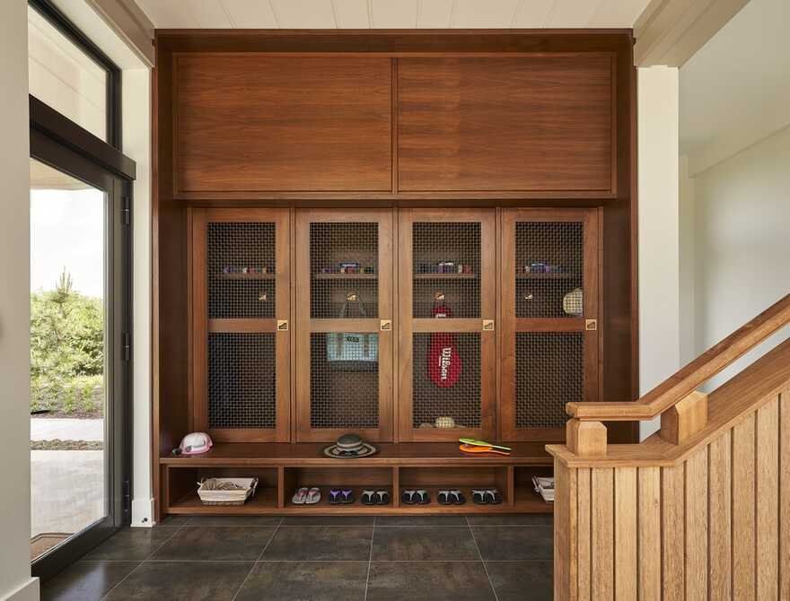 entrance hall / Kersting Architecture