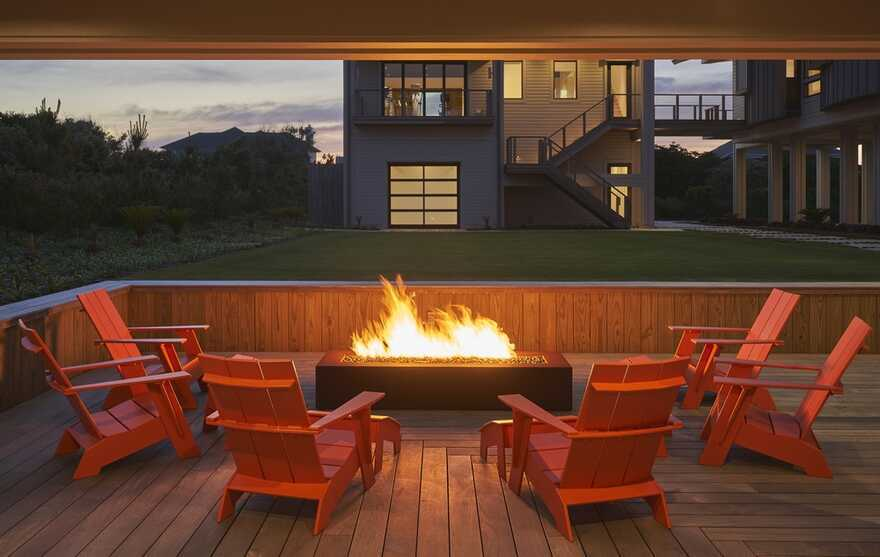 fireplace / Kersting Architecture