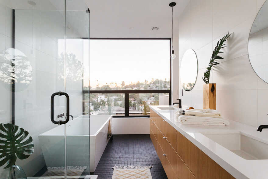 bathroom, Los Angeles / ANX - Aaron Neubert Architects
