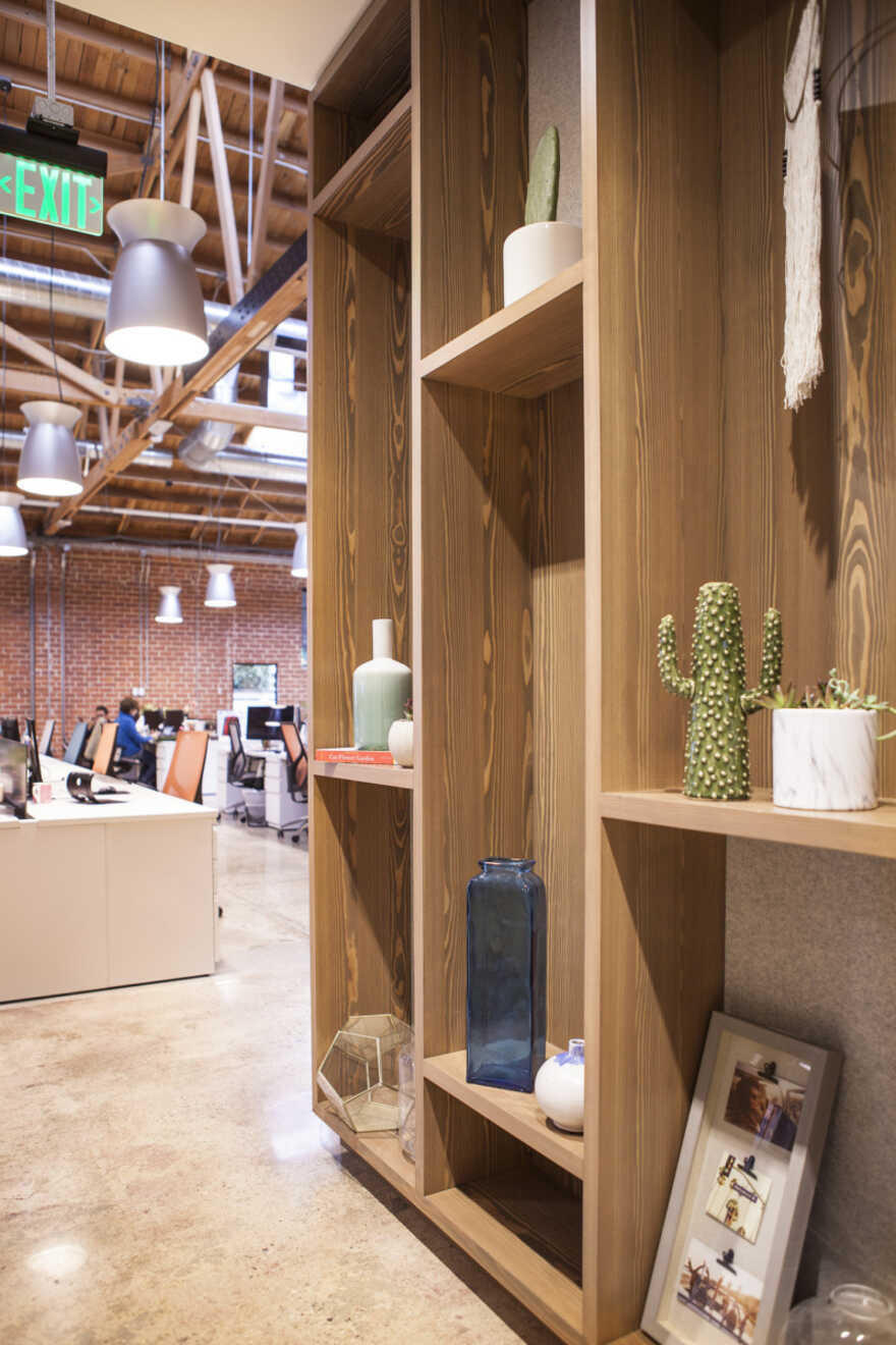 The Bouqs Company Offices, Los Angeles / Wolcott Architecture