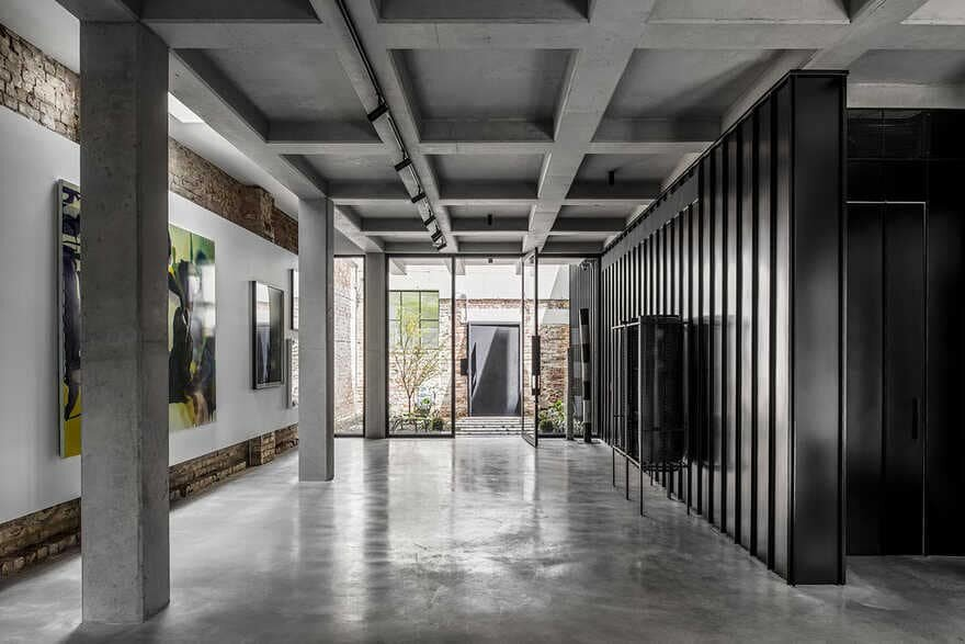 Prahran House, a Brutalist Home in a Former Textile Factory