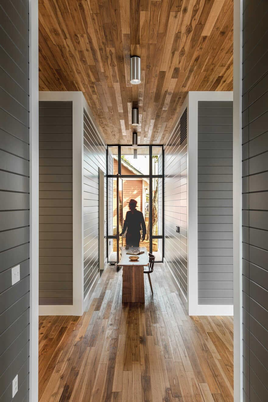Austin Dogtrot House / Charles Di Piazza Architecture