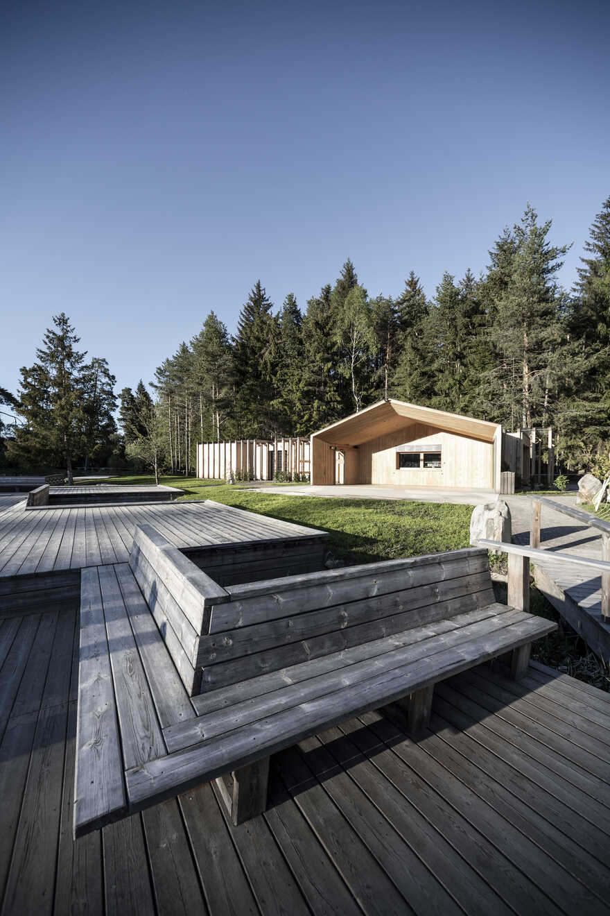 Lake House Völs: On to New Horizons