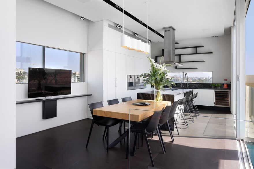 dining room / DOMB Architects