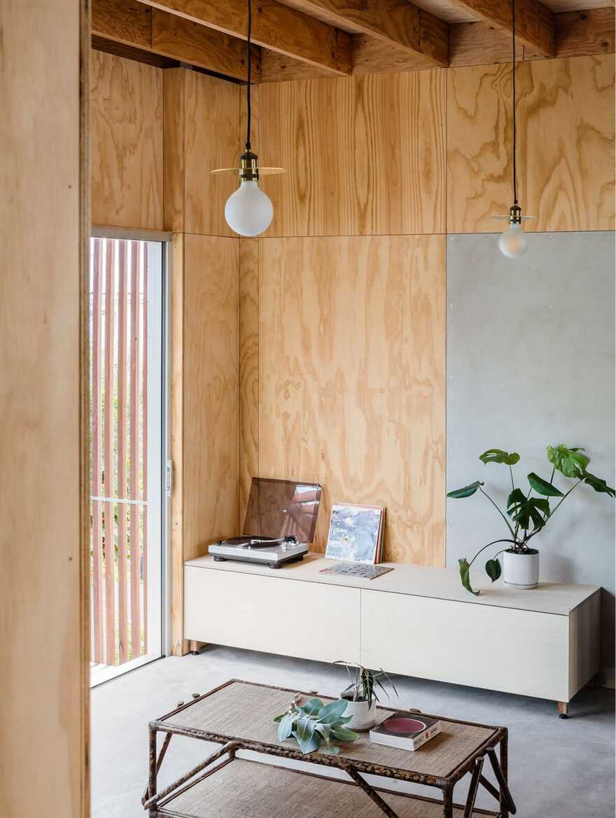 Japanese-Inspired Beach Shack by Curious Practice