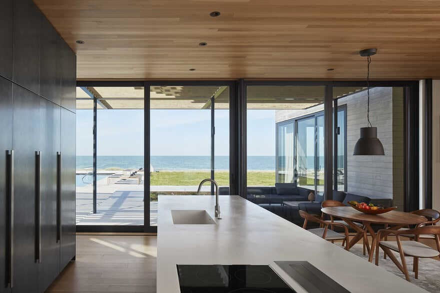 St. Joseph Beach House / Wheeler Kearns Architects