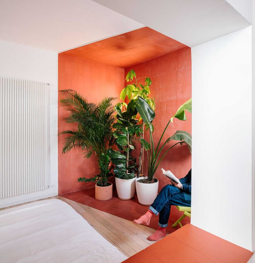 gon architects, Scenographies of Living for a Bachelor in Madrid