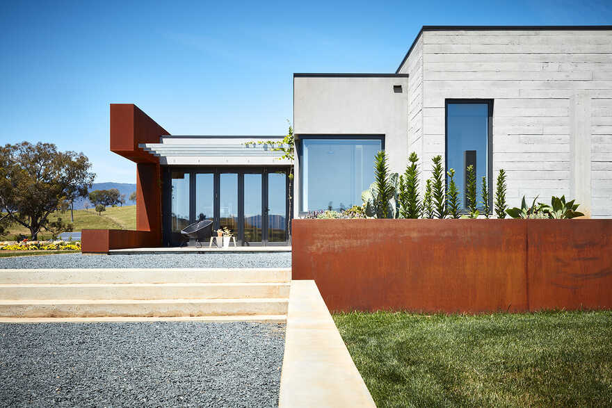 architectural design by Bryant Alsop Architects