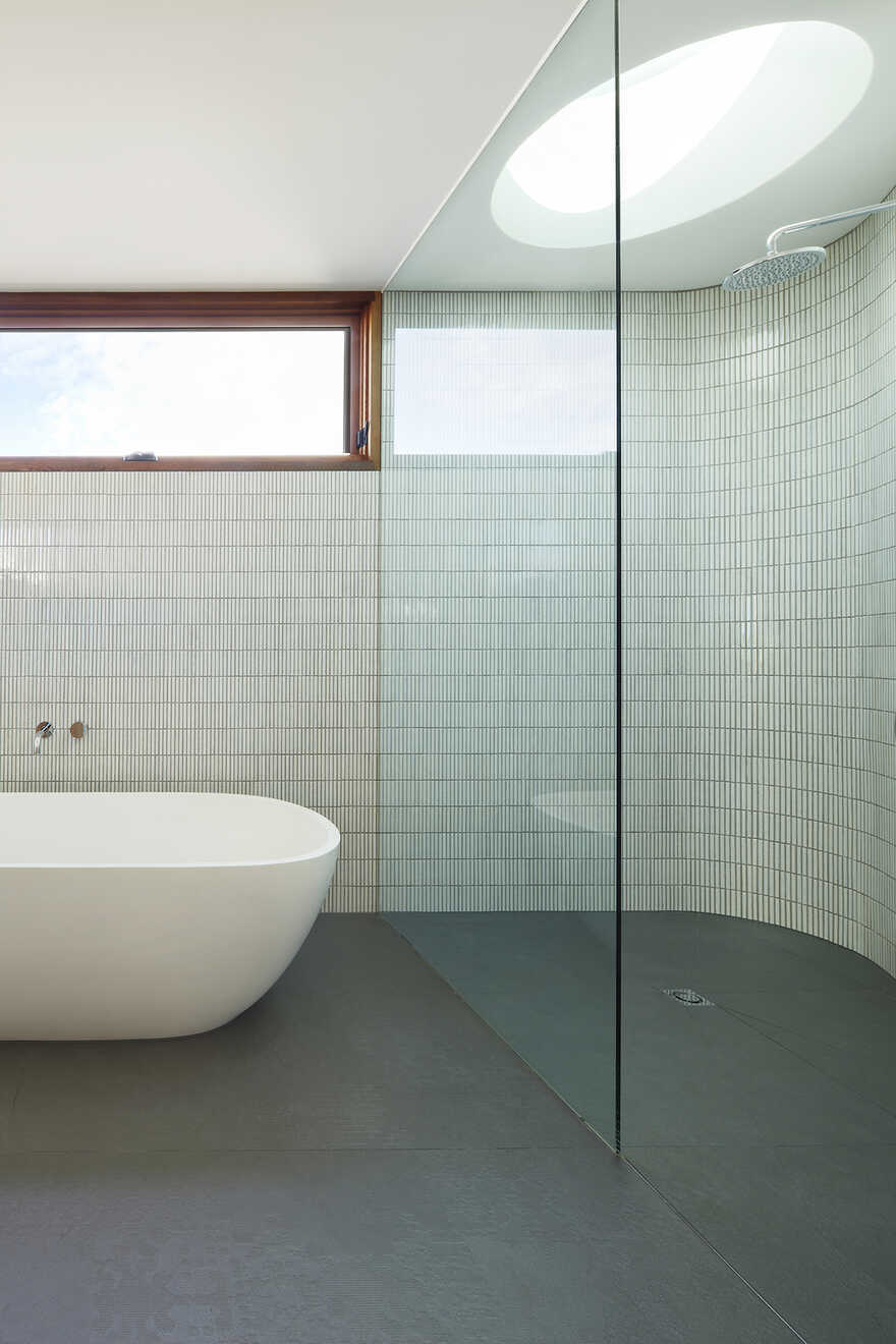 bathroom by Julie Firkin Architects