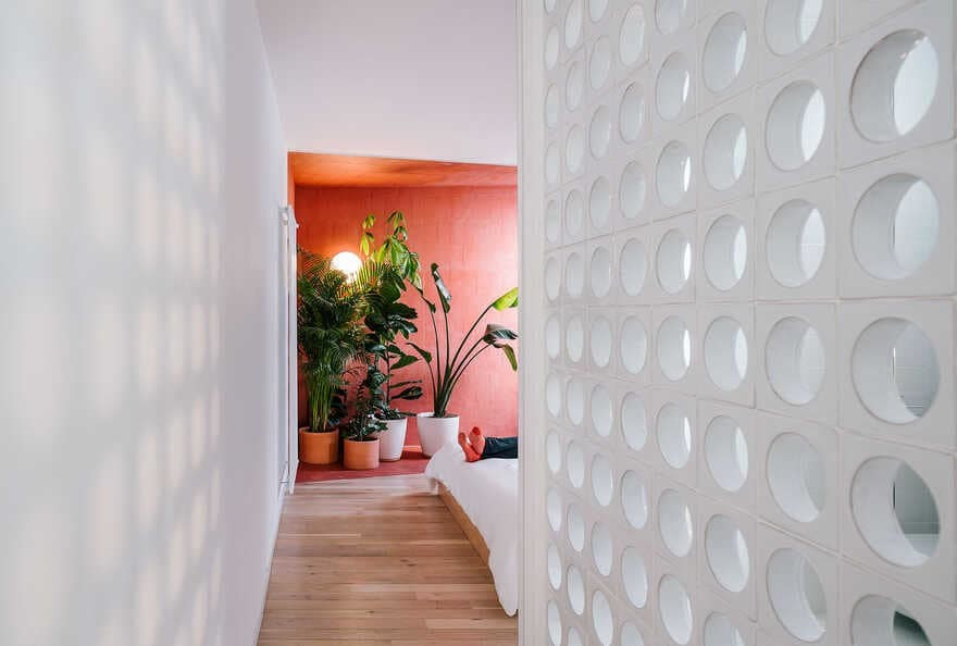Sequence Apartment, Scenographies of Living for a Bachelor in Madrid