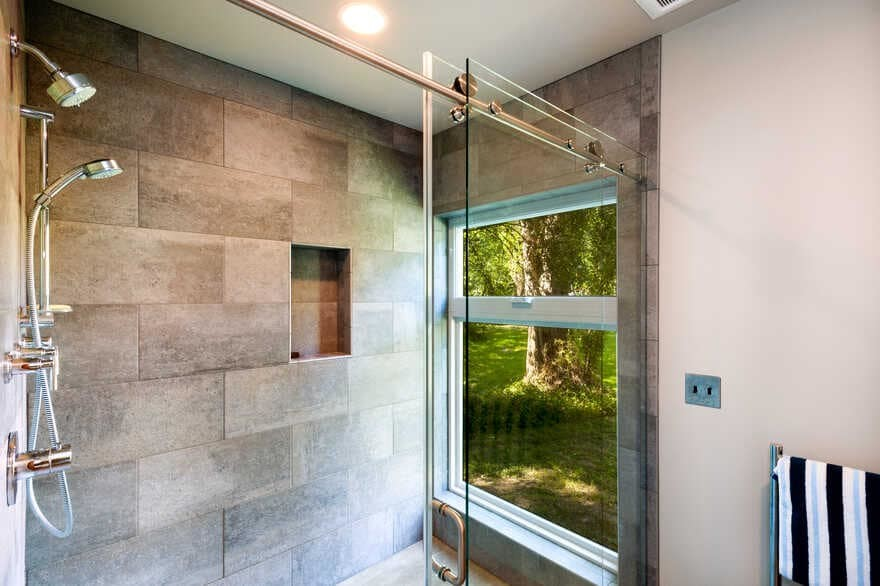 bathroom by Coates Design Architects