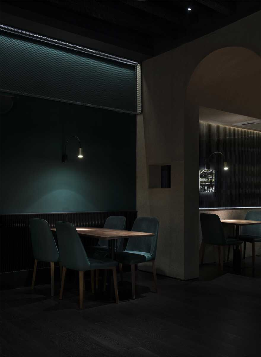 The Dinner Time in Cave / Movingarc design & decoration