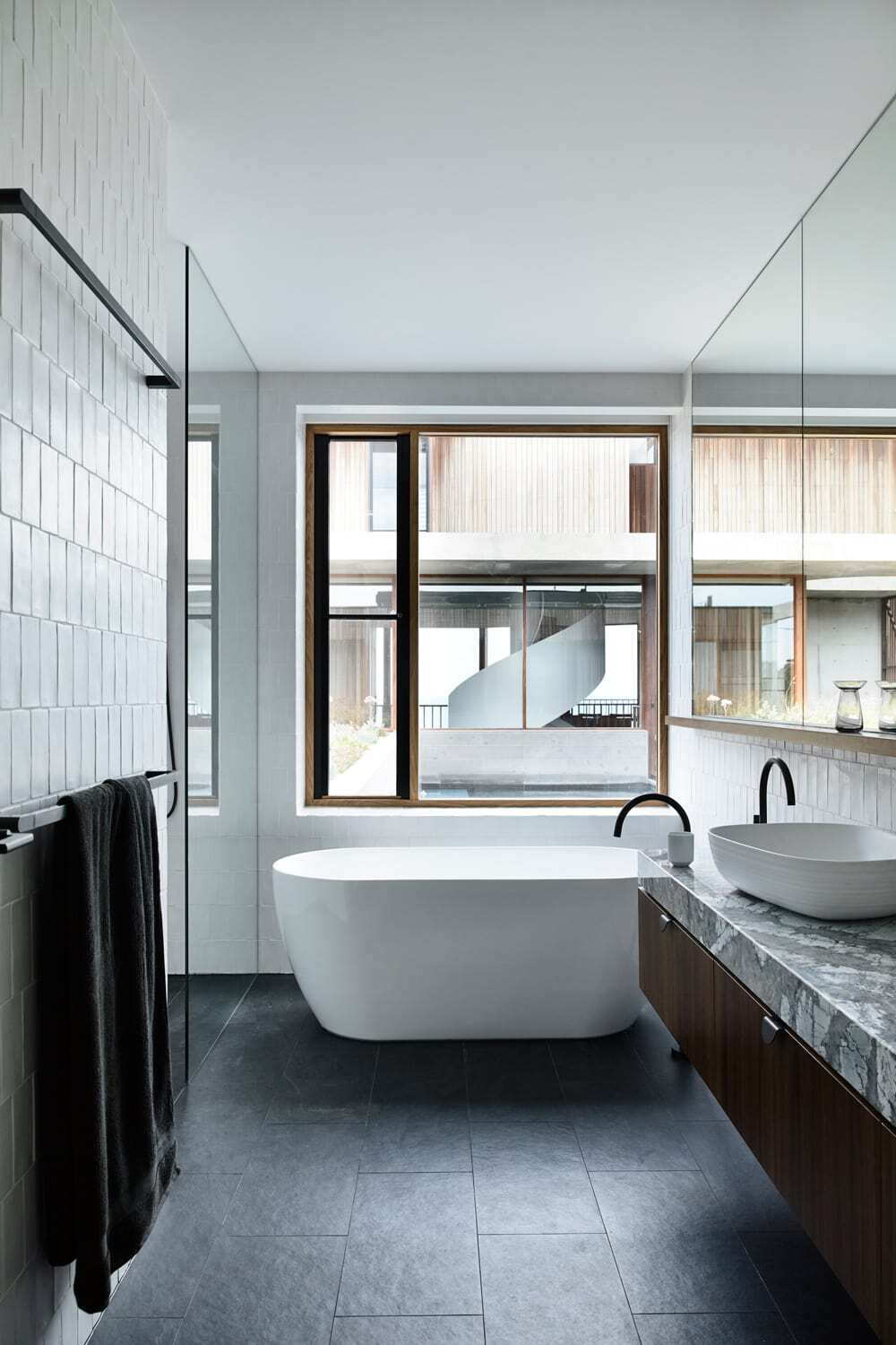 bathroom by Auhaus Architecture