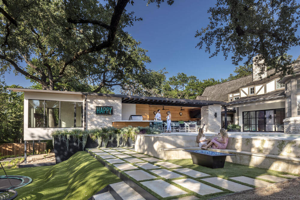 Matt Fajkus Architecture Redesigned the Back Yard of this Existing 1933-Vintage Historical House