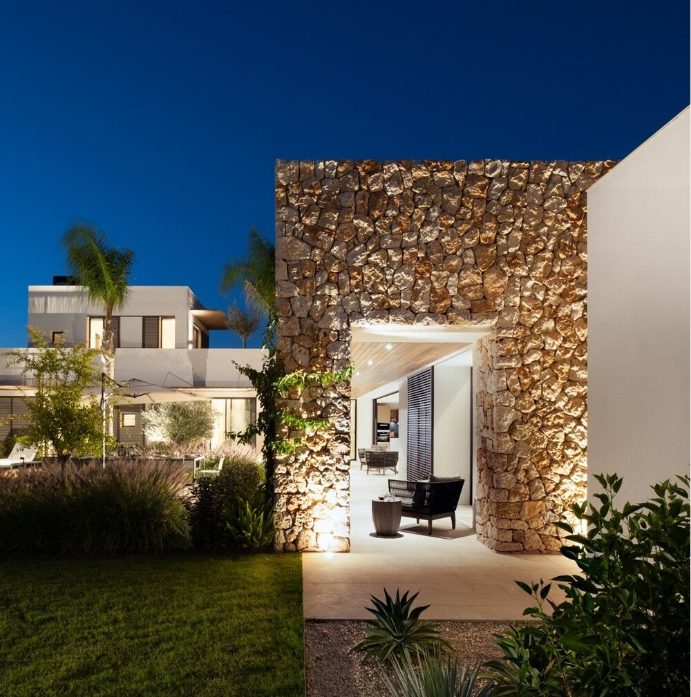 Sunny Side Up House, Mallorca by TG Studio