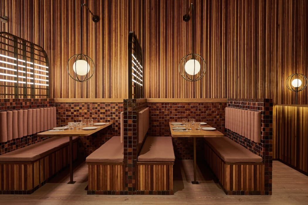 Piur Pizza Restaurant in Valencia by Masquespacio