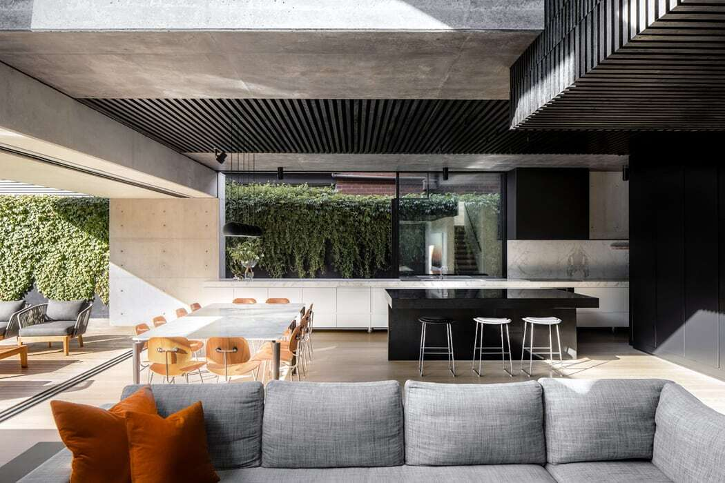 dining space by MCK Architects