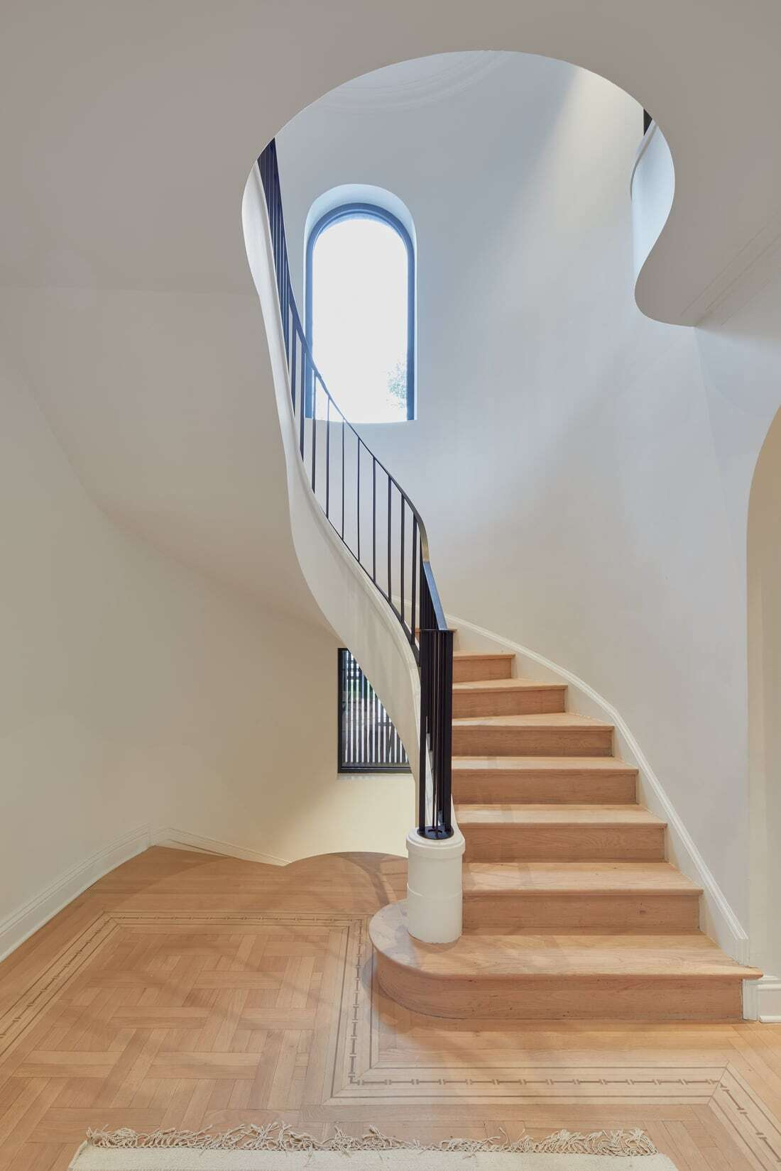 staircase / Salem Architecture