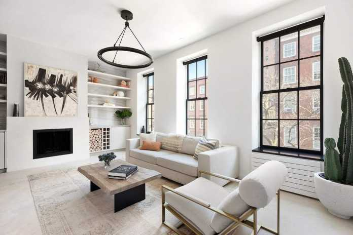 Greenwich St Apartment by Kimberly Peck Architect