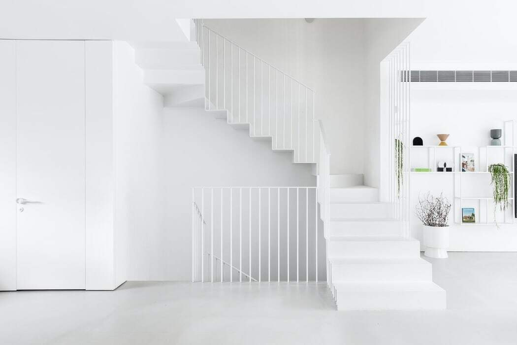 white steel staircase, Yael Perry Interior Designer