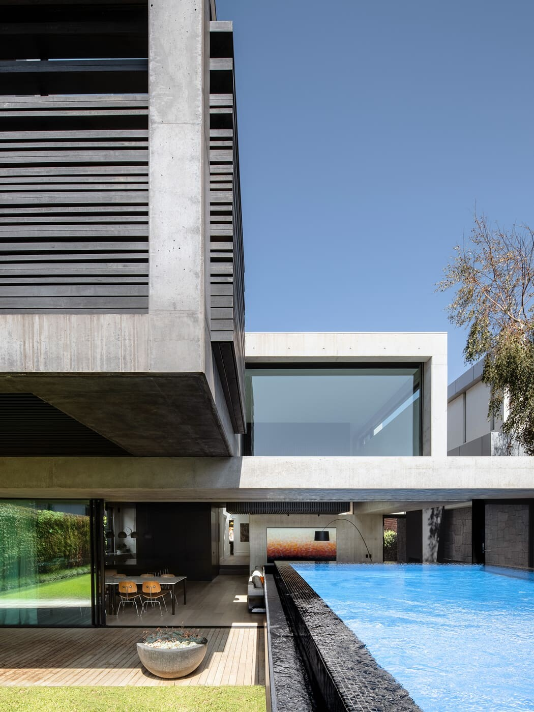 pool by MCK Architects